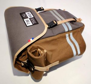 1-waxed canvas pannier 5